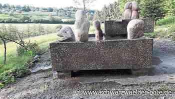 Ehrenamt in Fürnsal - Wassertretanlage erhält Steinskulpturen - Schwarzwälder Bote