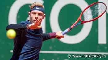 Geneva Open 2021: Denis Shapovalov beats Pablo Cuevas, sets up final clash against Casper Ruud - India Today