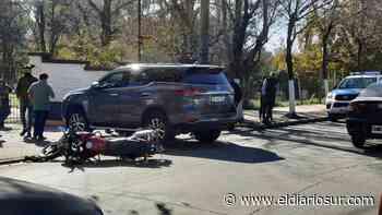 Choque en Monte Grande: un motociclista se salvó de milagro - El Diario Sur