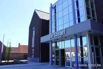 Gemeenteraad Kinrooi weer fysiek - Het Belang van Limburg