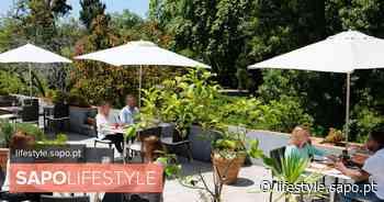 Em Queluz, o almoço palaciano faz-se na esplanada do restaurante Cozinha Velha - SAPO Lifestyle