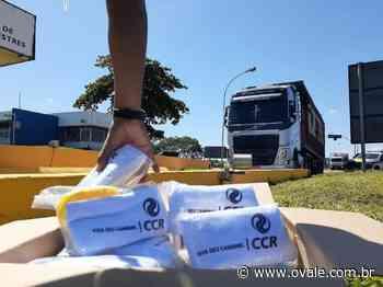 NovaDutra distribui kits de higiene para caminhoneiros em Queluz - O VALE