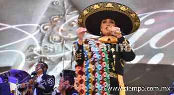 Cantan cientos con Aida Cuevas en El Palomar - El Tiempo de México