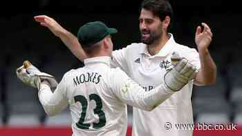 County Championship: Essex and Nottinghamshire play out rain-hit draw