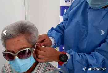 Moquegua: Adultos mayores vencen al covid y recuperan audición con audífonos especiales - Agencia Andina