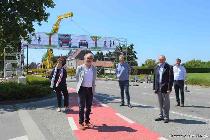 """Steenwegen tussen Eke en Nazareth veranderen in 'groene boulevard': """"Meer ruimte voor bomen, wandelaars en fietsers"""""""