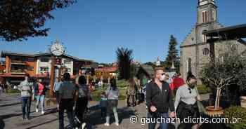 Em sábado de feriadão, Gramado tem movimentação intensa em meio à pandemia - GauchaZH