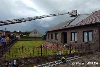 Huis in Eksel zwaar beschadigd door blikseminslag - Het Belang van Limburg