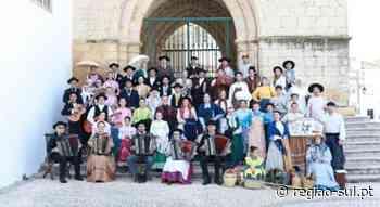 Monumento homenageia Grupo Folclórico de Faro - Região Sul