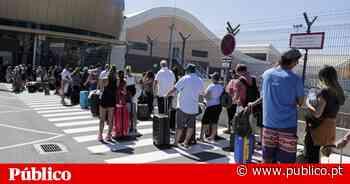 Covid-19: cerca de 10 mil britânicos deixaram Faro no sábado - PÚBLICO