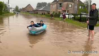 Ook straten blank in Lede, kinderen maken van de nood een deugd - TV Oost