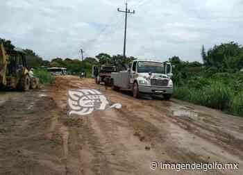 Fuerte lluvia ocasionó que carretera Nanchital-Las Choapas se viera afectada - Imagen del Golfo