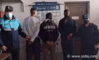 Los detienen en Lisandro Olmos por tener armas y animales muertos: una nutria, tres liebres y dos vizcachas - Diario El Dia