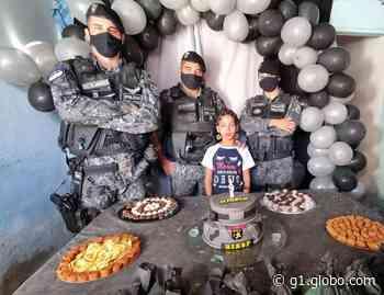 Criança de Santa Cruz do Capibaribe realiza sonho e ganha festa com policiais do Biesp - G1