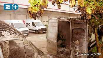 Wilnsdorf: Paketfahrzeuge brennen völlig aus - Westfalenpost