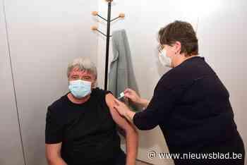 Na beschuldiging van voorsteken in de vaccinatie: burgemeest... (Galmaarden) - Het Nieuwsblad