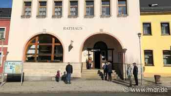 Bürgerentscheid: Saalburg-Ebersdorf behält hauptamtlichen Bürgermeister - MDR