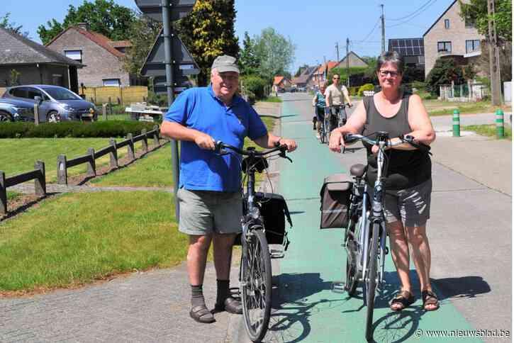 """Al 25 jaar belooft gemeente veilige fietspaden aan te leggen, maar ook in nieuwe plannen zijn er geen te bespeuren: """"Metingen over verkeersdrukte zijn achterhaald"""""""