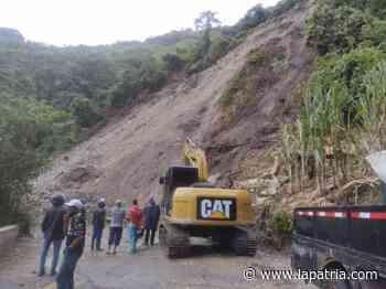 Vía Salamina-Pácora, cerrada por derrumbe en el sector de San Lorenzo - La Patria.com