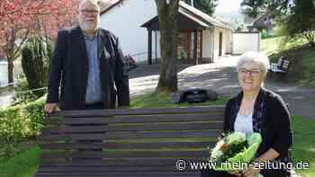 Trost für Angehörige: Erste freie Trauerrednerin in der Region Daaden - Rhein-Zeitung
