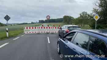 Überraschende Vollsperrung: B 256 zwischen Eichelhardt und Mammelzen wird saniert - Rhein-Zeitung