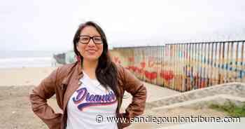 Buscan fondos para ayudar a nuevos solicitantes de DACA en California - San Diego Union-Tribune en Español
