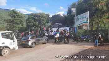 Habilitan paso vehicular en la vuelta de la bilocha en Planadas Tolima - Emisora Ondas de Ibagué, 1470 AM