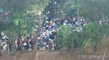 Imagens mostram aglomeração em evento clandestino na frente de shopping em Itupeva - G1