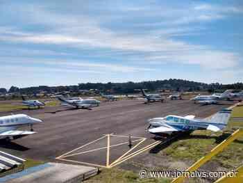 Feriadão causa congestionamento de aeronaves em Canela - Jornal VS
