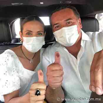 Renán Barrera votó en Vista Alegre - El Diario de Yucatán