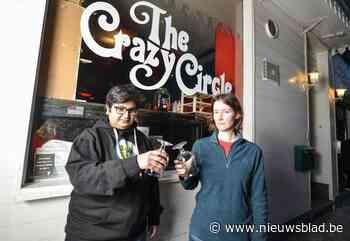 """Brusselse cafés maken vuist met aankondiging dat ze sowieso openen op 1 mei: """"We hebben toch niets te verlieze - Het Nieuwsblad"""