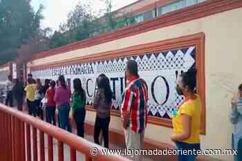 Con una amplia participación y sin incidentes transcurrió el proceso en Tepeaca - Puebla - - La Jornada de Oriente