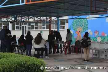 Con alta afluencia en casillas electorales se desarrollan comicios en Tepeaca - Puebla - - La Jornada de Oriente
