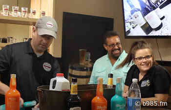 Summer Cocktail Flavors With Damon's In Waterville - b985.fm