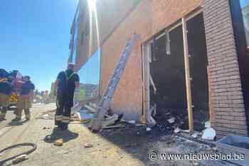Voorbijgangster alarmeert hulpdiensten en bewoners voor brand in Lanaken
