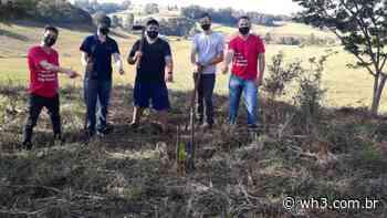 Rotaract Clube de Maravilha planta 50 árvores frutíferas no Dia Mundial do Meio Ambiente - WH3