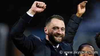 Dundee manager James McPake and assistant manager Dave Mackay sign new rolling contracts - Sky Sports