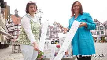 Aktion in Bad Urach: Mit Klopapier gegen Rassismus - SWP
