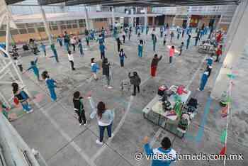 Los gritos y juegos volvieron a los patios escolares de la CDMX - La Jornada