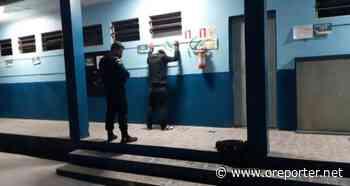 Câmeras do CICC flagram homem tentando furtar escola em Cachoeirinha - oreporter.net