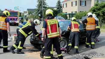 Alkohol am Steuer: Mit 1,67 Promille in Rathenow unterwegs und schweren Verkehrsunfall verursacht - moz.de