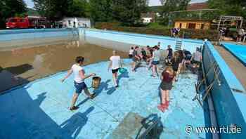 Freibad in Dautphetal-Herzhausen ist voll mit Schlamm und Regenwasser - RTL Online