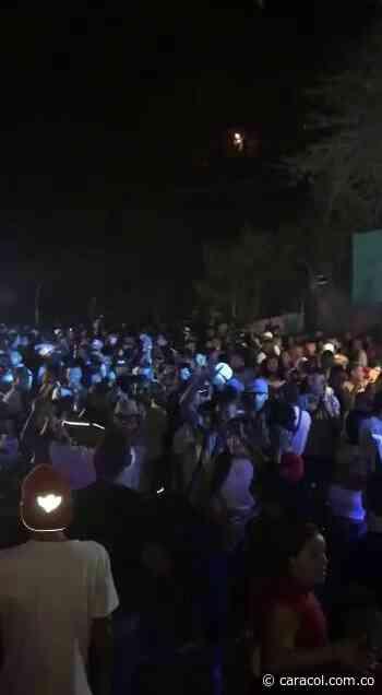 'Covid fiestas' en Santa Marta: sin distanciamiento social ni tapabocas - Caracol Radio
