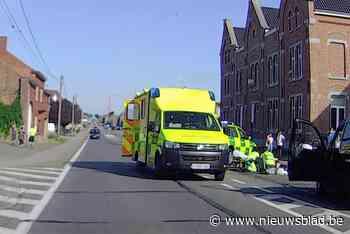 Fietser zwaargewond bij aanrijding op Steenweg in Heers