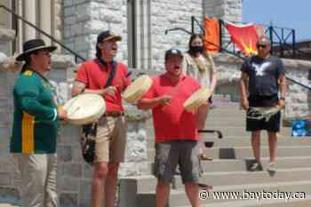 VIDEO: Church included in removal of shoes from Pro-Cathedral steps in respectful Indigenous ceremony