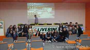 """Cerreto Sannita, l'Istituto """"Carafa Giusiniani"""" incontra l'azienda Liverini: sul tavolo il web marketing - anteprima24.it"""