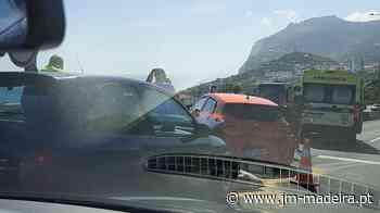 Acidente em Santa Rita deixa via rápida bastante congestionada - jm-madeira.pt