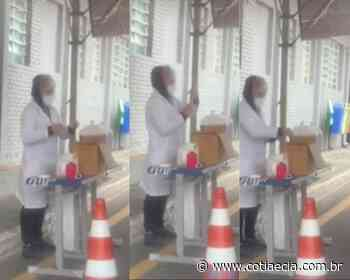 VÍDEO: Enfermeira descarta seringa com vacina no lixo; Saúde de Cotia diz que dose era excedente - Cotia e Cia