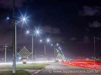 Avenida Assis Chateaubriand se transforma com iluminação em Led - Aqui Acontece