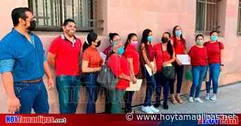 Protestan maestros en Ciudad Victoria; exigen cambio de adscripción - Hoy Tamaulipas